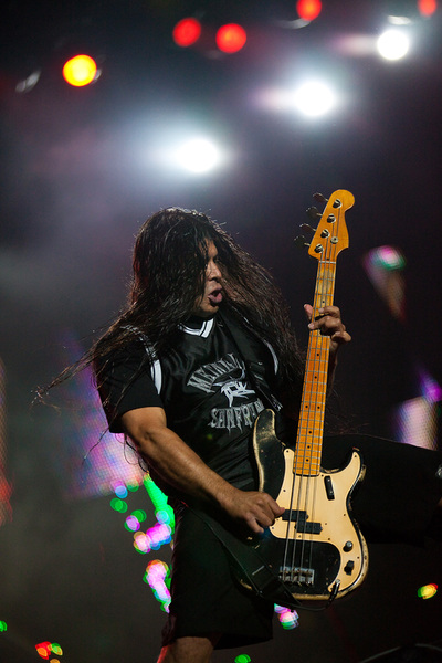 ‎Robert Trujillo bassistul trupei Metallica in concert la Sonisphere in Romania 2010. Photo by Florin Vitzman