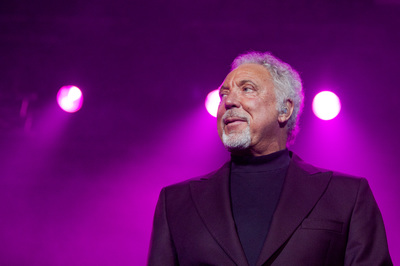 Tom Jones in concert la Bucuresti Sala Palatului 2011. Photo by Florin Vitzman