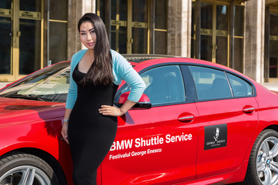 Sarah Chan Violinist in Romania with a BMW VIP Shuttle 6 Series. Photo by Florin Vitzman